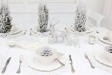 tischdeko weihnachten weiß tischdeko weihnachten alles in wei 223 tischdeko