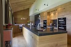 Traumhaus Modern Innen - moderne massivholzk 252 che im chalet k 252 che baur