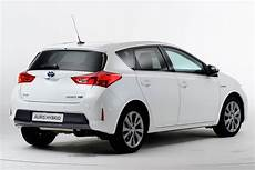New Toyota Auris Hybrid Pictures Auto Express