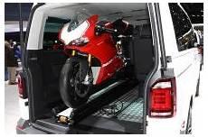 volkswagen multivan panamericana une moto dans le sac 224