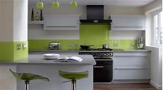 wandgestaltung küche beispiele 100 ideen f 252 r wandgestaltung in gr 252 n archzine net