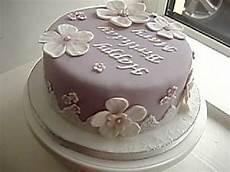 Fondant Torte Kindergeburtstag - lilac fondant birthday cake