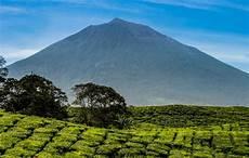 Gunung Kerinci Gunung Berapi Tertinggi Di Asia Tenggara