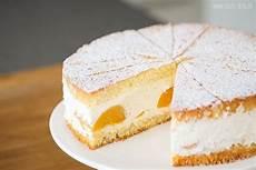 käsesahnetorte rezept klassisch sallys k 228 se sahne torte zutaten f 252 r einen 26cm