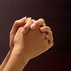 Menjadi Pelayan Yang Berdoa Artastic
