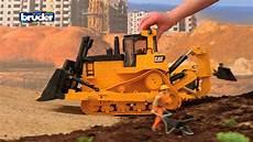 Bruder Spielzeug Ausmalbilder Cat 174 Kettendozer 02452 Bruder Spielwaren