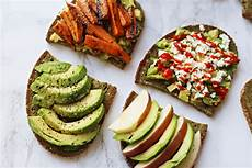 Avocado Auf Brot - 220 ber food vors 228 tze gr 252 nes brot und avocado brote do live