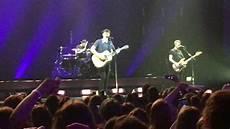 Shawn Mendes Handwritten Remix Live Illuminate World