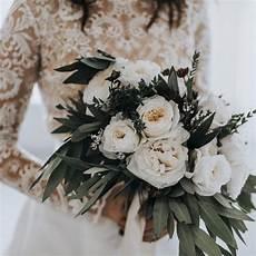 42 wonderful winter wedding bouquet ideas you will love vis wed