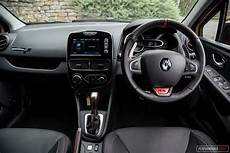 renault clio innenraum 2018 renault clio r s 200 cup review