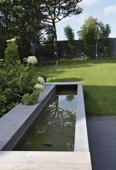 Terrassengestaltung Mit Wasser - wasserbecken beton metten brunnen garten wasserbecken