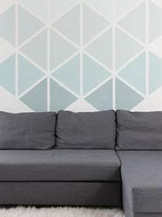 Diy Anleitung Geometrische Wand Mit Dreiecken Streichen
