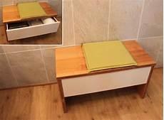 banc pour salle de bain un meuble un banc et des casiers de rangement