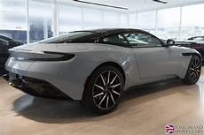 new 2018 aston martin db11 v12 coupe roslyn ny