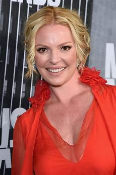 Katherine Heigl Katherine Heigl At Cmt Music Awards Nashville Celebzz