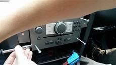vectra c astra corsa radio removal jak wyjąć radio