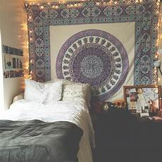 White Tapestry Bedroom Ideas by 10 Ways To Make Your Feel Like Home