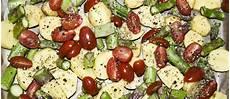 ofengemüse mit kartoffeln ofengem 252 se mit kartoffeln spargel und feta my cms
