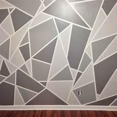 Wand Streichen Muster Ideen - diy faux wallpaper accent wall statement wall diy