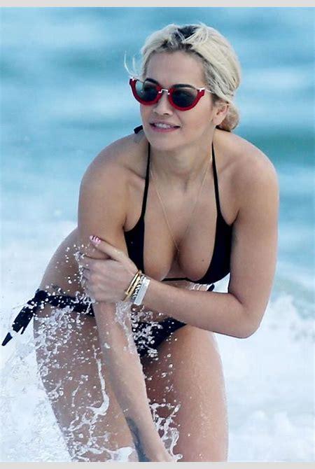 Sexiest Singers Naked - HotCelebrities-vk.com