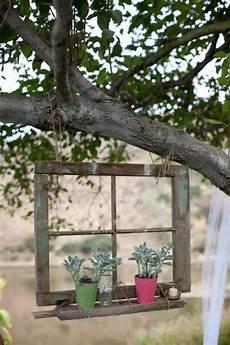 Ideen Gartendeko Alten Fenstern Baum Haengend Blumentoepfe