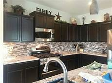 Home Decor Ideas Kitchen Cabinets by Like The Decor On Top Of Cabinets Kitchen In 2019