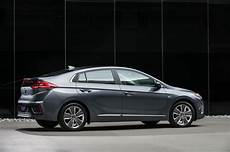 Hyundai Ioniq Hybrid Sets Land Speed Record At Bonneville