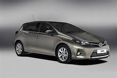toyota auris hybride all new 2013 toyota auris and auris hybrid unveiled in
