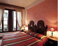budget friendly hotels in venice travel escapades