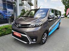 toyota proace verso 2 0 d4 d family aut na