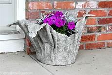 blumentopf aus beton s 12 smarter ways to garden on a budget container