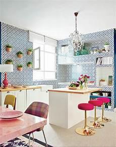 carrelage adhésif cuisine le carrelage mural en 50 variantes pour vos murs