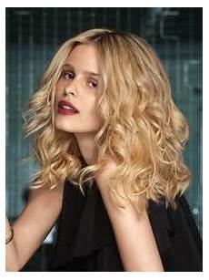 mini vague cheveux modele coiffure cheveux mi mini vague