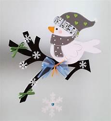 fensterbild vogel auf dem zweig winter 2 weihnachten