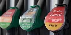 Verkehr Diesel Oder Benziner Wann Sich Welcher Motor
