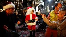 weihnachten im nahen und mittleren osten der quot papa noel