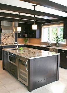 Kitchen Islands With Oven And Microwave by The Working Island Appliances In The Kitchen Island
