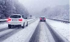 Winterreifenpflicht österreich 2017 - cinco reglas para conducir con nieve y hielo a todo motor