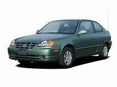 books about how cars work 2005 hyundai accent interior lighting 2005 hyundai accent reviews research accent prices specs motortrend