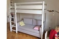 hochbett mit couch galerie hochbetten kinderzimmer 24 de