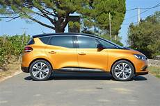 renault scenic hybrid assist renault scenic hybrid news specs driving impressions