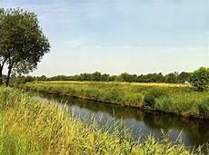 Ems Jade Kanal Bei Emden Ostfriesl Wolthusen