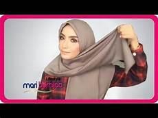 10 Model Gaya Cara Pakai Jilbab Segi Empat Simple Cantik