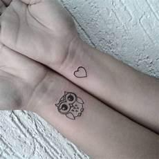 Herz Handgelenk - die besten 25 kleine herz tattoos ideen auf