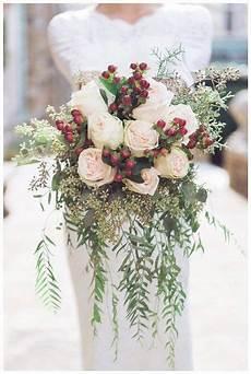 seasonal favorites 5 winter wedding bouquets winter