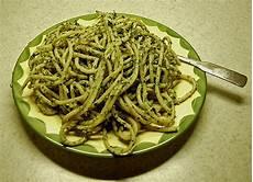 rezepte mit pesto spaghetti al pesto rezept mit bild buddelinchen