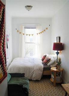 Small Space Simple Bedroom Design Ideas by Are You These 7 Rookie Decorating Mistakes Rooms