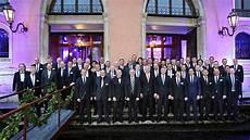 Quot Forum Der Besten Quot Vw Ehrt Die 50 Besten H 228 Ndler
