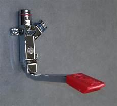 rubinetti river miscelatore pedale a parete per istantaneo river
