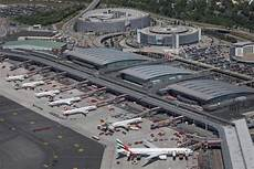 flughafen hamburg hamburg airport 2018 traffic figures air traffic is becoming more and more efficient